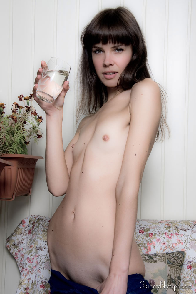 Young Little Teens Naked No Tits